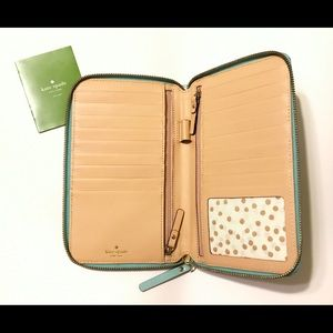 Kate Spade Grand Street Zip Travel Wallet
